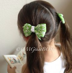 OMG that Green Damask PIGGY setpig tail set bowsbaby by OMGthatBOW, $6.50