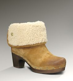 Someone buy me these in a size 5. KTHANKS! UGG® Lynnea for Women   Fashion Clog Boots at UGGAustralia.com