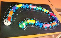 Okul öncesi etkinlikleri gt rulolardan tırtıl yapımı