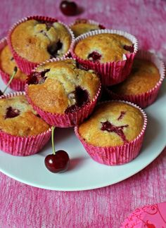 Meggyes-zabpelyhes muffin Cake Recipes, Vegan Recipes, Meal Prep, Sweet Tooth, Muffins, Food And Drink, Cupcakes, Snacks, Meals