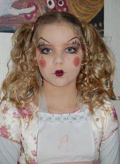 Aurora as a doll