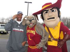Moondog and Sir CC- Cleveland Cavaliers' mascots