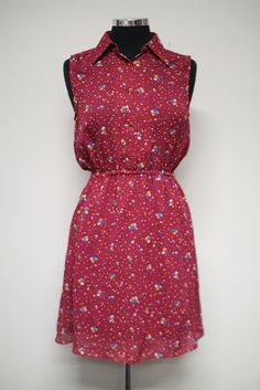Vintage dress with confetti print #bleeckerstreetvintage #vintage