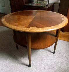 Lane Acclaim Round Table/Mid Century