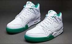 Special Wimbledon colorway of Andre Agassi's Nike Air Tech Challenge 2