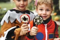 Little kids at Halloween party | premium image by rawpixel.com Halloween 2018, Halloween Candy, Halloween Kids, Halloween Costumes, Mode Shop, Family Costumes, Astronaut, Free Image, Blond