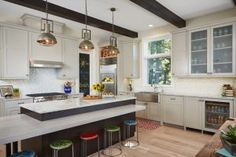 Transitional Coastal Interior Ideas - Home Bunch - An Interior Design & Luxury Homes Blog