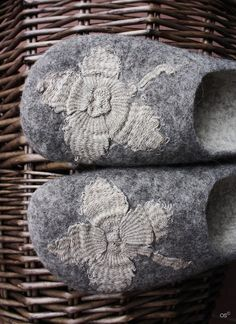 Clover for Cinderella ' felted wool slippers with hand by Onstail