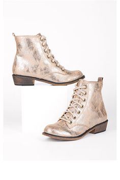 I have a mild obsession for boots, in all their forms. so why not metallic booties!