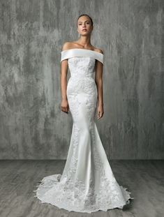 Victoria Kyriakides showed their latest wedding dresses at Bridal Fashion Week. See Victoria Kyriakides' fall 2018 wedding dresses here Wedding Dress Trends, Sexy Wedding Dresses, Gorgeous Wedding Dress, Designer Wedding Dresses, Wedding Attire, Beautiful Gowns, Bridal Dresses, Wedding Gowns, Dream Wedding