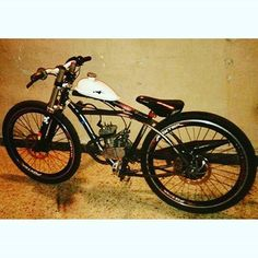 Greetings from Argentina! Great bike from Motorized Bicycle, Chopper Bike, Mopeds, Motorbikes, Motorcycles, Vehicles, Ideas, Sportbikes, Veil