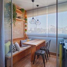 Varanda gourmet: 60 lindas inspirações, dicas e ideias! - Dicas Decor Casa Real, Mo S, Showroom, Architecture Design, New Homes, Dining Table, Patio, Interior Design, Building