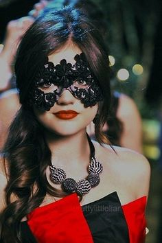 Aria PLL  Lucy Hale