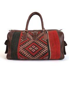 'WANDERLUST' MOROCCAN KILIM BAG Diy Kilim, Pretty Outfits, Pretty Clothes, Style Me, Gym Bag, Wanderlust, Shoulder Bag, Moroccan, Handbags
