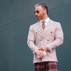 Autumn In New York. Nothing Better. No Matter Where You Live Enjoy Every Season While It Happens And Stop Looking Towards The Next. Enjoy The Now. #christopherkorey #fashion #mensfashion #blue #gq #ootd #me #tagsforlikes #like4like #dapper #bespoke #igdaily #igers #instagood #happy #friends #family #suit #menwithclass #photooftheday #beautiful #style #instafashion #newyork #love #smile #home #life #fall