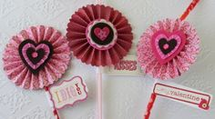 Share the love with International Delight and Rosette Party Picks- tutorial for home made whipped cream and Valentine's Day Decorations from CraftTestDummies.com. (scheduled via http://www.tailwindapp.com?utm_source=pinterest&utm_medium=twpin&utm_content=post28111262&utm_campaign=scheduler_attribution)