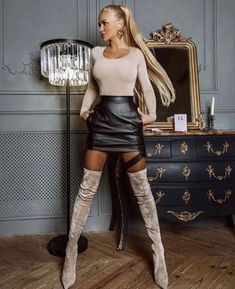 Thigh High Boots Heels, Stiletto Boots, Skinny Girl Body, Elegantes Outfit, Girl Fashion, Womens Fashion, Sexy Boots, Elegant Woman, Leather Fashion