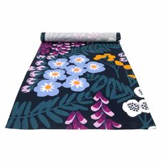 Pentik Hiirenvirna Navy / Multi Short Table Runner Hiirenvirna means Vicia cracca in Finnish, a type of plant referred to as Vetch. Picnic Blanket, Outdoor Blanket, Hand Painted Ceramics, Ceramic Painting, Fashion Fabric, Beautiful Patterns, Table Linens, Table Runners, Cleaning Wipes