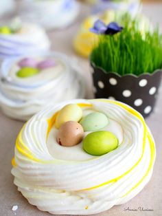 Pesco Vegetarian, Easter Recipes, Easter Food, Italian Meringue, Most Delicious Recipe, Pavlova, Fun Desserts, Food And Drink, Gluten Free
