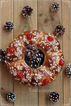 Roscón de Reyes, versión Ibán Yarza {by Paula, Con las Zarpas en la Masa} Donuts, Yummy Treats, Sweet Treats, Sweet Cooking, Pan Dulce, Pan Bread, Our Daily Bread, Sweet Recipes, Tasty