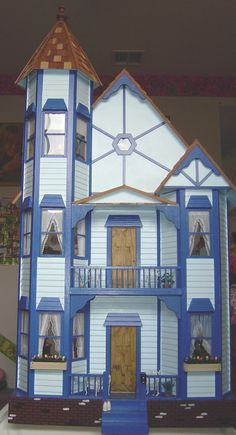 Doll Houses And Miniatures On Pinterest Victorian