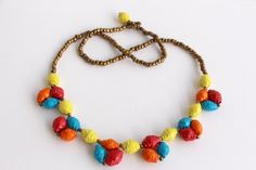 Hey, I found this really awesome Etsy listing at https://www.etsy.com/listing/219543876/colourful-scalloped-paper-bead-necklace