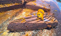 Spiced Chocolate Orange Keto Cheesecake! This Gluten Free, Sugar Free, Low Carb, High Fat, Spiced Chocolate Orange Keto Cheese Cake is FREAKING AMAZING! Keto Cheesecake, Specialty Foods, Chocolate Orange, Ketogenic Diet, Sugar Free, Sweet Tooth, Spices, Low Carb, Gluten Free