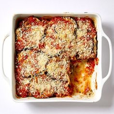 Sep Enjoy a tasty and delicious meal with your loved ones. Learn how to make Eggplant and Chicken Casserole & see the Smartpoints value of this great recipe. Ww Recipes, Great Recipes, Healthy Recipes, Recipies, Favorite Recipes, Light Recipes, Healthy Meals, Italian Recipes, Healthy Food