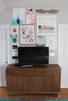 How To Disguise A TV With A Gallery Wall    Master Bedroom    Fine Art Prints    Fine Art Photography    Picture wall - Simple Stylings www.simplestylings.com