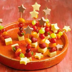 Hartige toverstokjes Productfoto ID Shot Christmas Food Treats, Christmas Lunch, Xmas Food, Christmas Appetizers, Snacks Für Party, Birthday Treats, Food Humor, Winter Food, Kids Meals