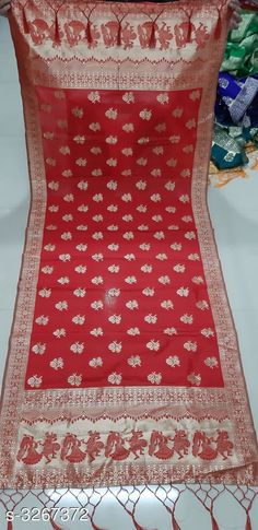 Checkout this latest Dupattas Product Name: *Women's Banarasi Silk Dupatta* Sizes:Free Size Country of Origin: India Easy Returns Available In Case Of Any Issue   Catalog Rating: ★4 (1910)  Catalog Name: New Stylish Women's Banarasi Silk Dupattas Vol 2 CatalogID_451234 C74-SC1006 Code: 082-3267372-546