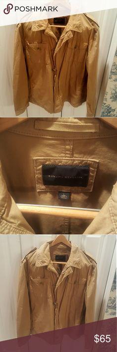 Banana Republic Tan Cargo Jacket Excellent condition, barely used, size large Banana Republic Jackets & Coats
