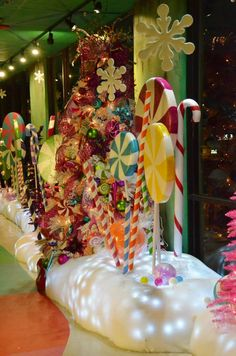 Last Year's Christmas Window Woodstock Market Christmas display 2013 Candyland theme Christmas Float Ideas, Christmas Parade Floats, Candy Land Christmas, Christmas Yard, Grinch Christmas, Christmas Gingerbread, Outdoor Christmas, Christmas Windows, Office Christmas Decorations