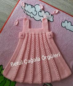Diy Crafts - This dress is knitted from bottom to top. Crochet Baby Dress Free Pattern, Crochet Baby Poncho, Baby Cardigan Knitting Pattern Free, Girls Knitted Dress, Knit Baby Dress, Baby Hats Knitting, Baby Knitting Patterns, Kids Dress Wear, Diy Dress