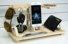 Charging Station and Catchall Honeycomb Docking by PineconeHome
