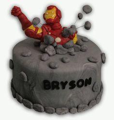 Iron Man fondant cake - COOKING