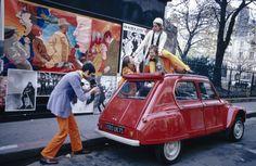 1968: Des photos, des amis, du pop et une Dyane 6 !