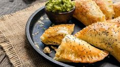Empanadas are one of my family's favorite food. It doesn't matter what they're filled with, they are always a success.  This time I filled them with honey-mustard chicken. The combination of flavors is perfect and will bring a different taste to your table. To save time, you can make the chicken the day before and refrigerate it until you're ready to make your empanadas.  Serve them during snack time, lunch or dinner. For a complete meal, serve them with a side of delicious Go-GURT®.
