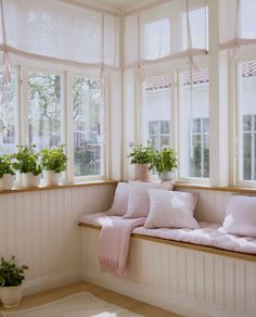 make-your-home-feel-brighter-with-sheer-window-coverings - Sunroom Windows Small Sunroom, Sunroom Windows, Sunroom Decorating, Enclosed Porch Decorating, Window Coverings, Beautiful Homes, House Beautiful, Sweet Home, House Design