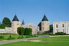 Castle  Champagne Pommery -Reims France http://www.argrdouai.org/argrblog/wp-content/uploads/2009/04/domaine-Pommery.jpg