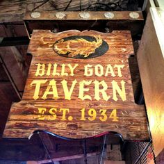 Billy Goat Tavern - just a few minute walk from the Chicago's First Lady Cruises dock! Chicago City, Chicago Area, Chicago Neighborhoods, Chicago Restaurants, My Kind Of Town, My Town, Billy Goat Tavern Chicago, Cheeseburger Cheeseburger, Chicago Vacation