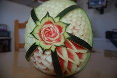 Arte de esculpir frutas e legumes