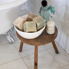 I looooove these Savon de Marseille cube soaps from 💕💕💕 They're so pretty, smell divine, AND I get to pretend I'm French while soaking in the tub 🛀🏼 🤓💖 Bonsoir mes amis! Quirky Bathroom, Bathroom Styling, Bathroom Ideas, Double Sink Vanity, Vanity Sink, Farmhouse Sink Vanity, Trough Sink, Thing 1, Master Suite