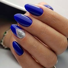 Cobalt Blue Nail Art To Break The Routine ❤ 35 Outstanding Classy Nails Ideas For Your Ravishing Loo Cobalt Blue Nails, Blue And Silver Nails, Blue Gel Nails, Blue Coffin Nails, Purple Nail Art, Blue Acrylic Nails, Matte Nails, Classy Nail Designs, Nail Art Designs