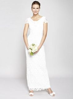 Ivory Jessica Long Wedding Dress Was £250.00Now £75.00 http://tidd.ly/f01d3159