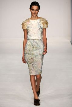 Peter Pilotto Spring 2009 Ready-to-Wear Fashion Show - Anouck Lepère