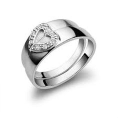 Awesome 39 Sweet Heart Ring Ideas As A Valentines Day Gift. More at http://trendwear4you.com/2018/01/26/39-sweet-heart-ring-ideas-valentines-day-gift/