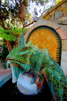 Right next door to Casa Guevara...The formidable mosaic mascot at the Emerald Iguana in Ojai California