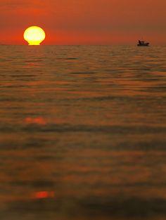 Mediterranean dawn in L'Ametlla de Mar #TerresdelEbre #Catalonia #Spain