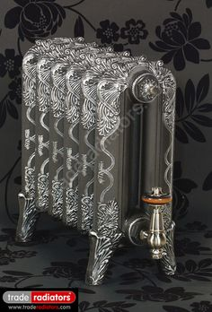 Picadilly Cast Iron Radiator finished in Natural Cast with Pewter highlight